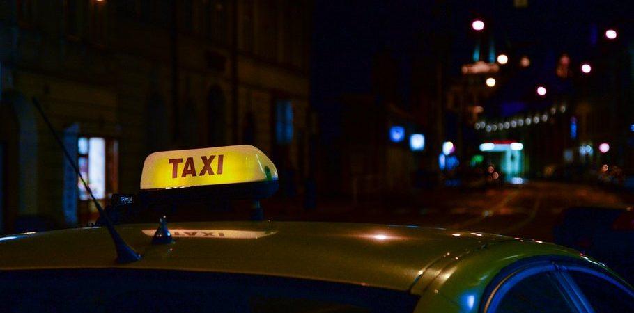 Chcesz zostać kierowcą? Zobacz, jak zdać egzamin na taxi w Krakowie